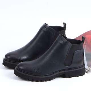 Pyf ♥ 英倫風 簡約馬丁靴 平底切爾西短靴 鬆緊低跟踝靴 42 大尺碼女鞋