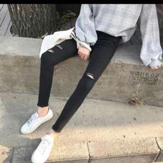 黑色破褲 M