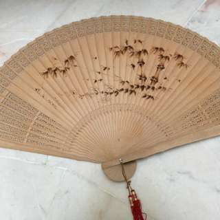 Antique Looking Big Display Sandalwood Chinese Fan