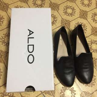 Aldo closed shoes