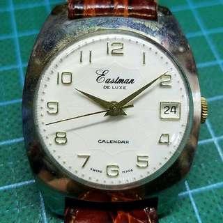 50年代瑞士製 Eastman De Luxe 古董錶 ,白色放射紋錶面,無番寫,金字金針 ,原裝上鏈機芯,已抹油,行走精神 ,錶頭34mm不連的, 淨錶$750, 請pm