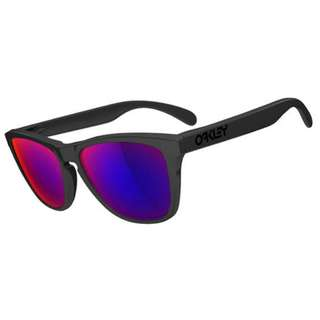 Oakley Frogskin red iridium lens