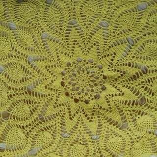 Taplak Meja Rajut Crochet Knitting Handmade Warna Kuning dengan Benang Katun