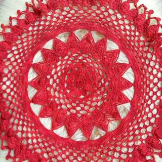 Taplak Meja Rajut Crochet Knitting Handmade Warna Merah dengan Benang Katun