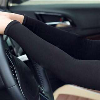 Free 1 pair with 5 pairs (SUPER cooling ice silk arm sleeve)