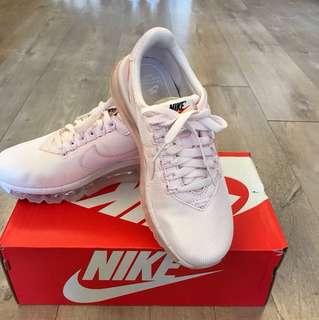 Nike 全新Air Max 粉紅限量版(size 38)原價$1299