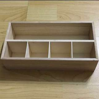 GREAT CNY SALE {Design & Craft} BN DAISO Brand Natural Wooden Box Come With 5 Compartments