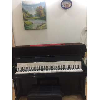 Piano studio in Sembawang for rent sgd8 per hour