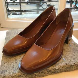 快速到貨-韓國 設計款 極簡 中跟 粗跟 秋冬 美鞋 靴子 高跟 復古 皮鞋