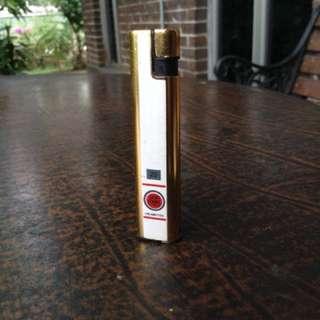 Vintage Lucky Strike lighter