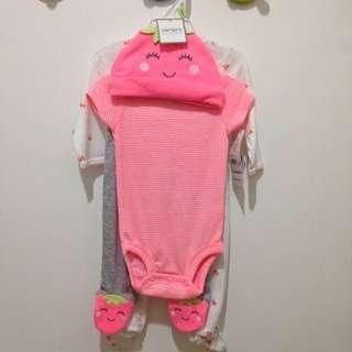 CARTER'S baby set (4 pieces)