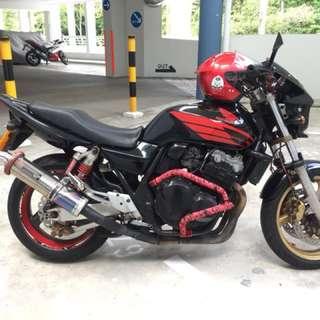 Honda CB400 Super 4 Vtec 2