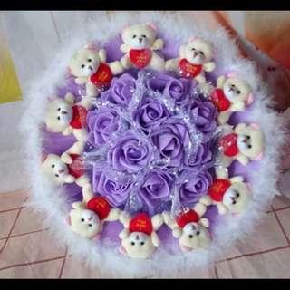 抱心熊紫色花