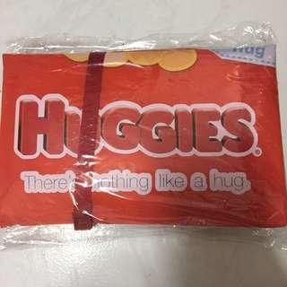 """""""包郵""""Huggies換片墊"""