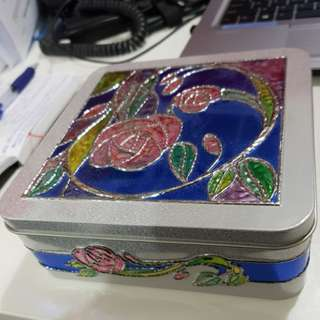 Rose decorated Container Tin Box