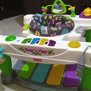 Little Superstar step n play piano