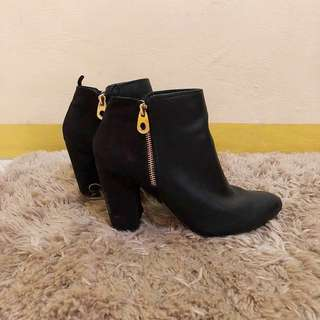 🌻Naturalizer Leather Boots🌻