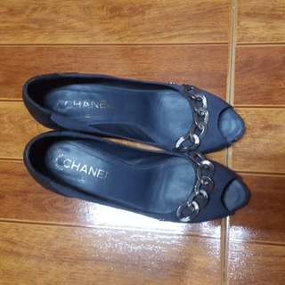 auth chanel nylon chain quilted lambskin peeptoe pump