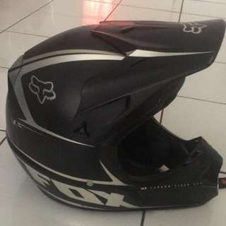 Fox V3 Carbon Size M