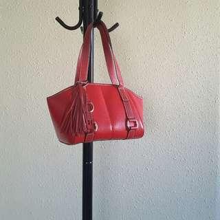 🔽清 LANCEL leather handbag (red)