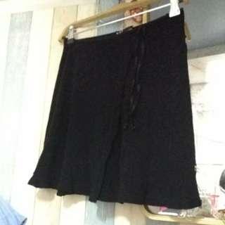 黑色半身裙