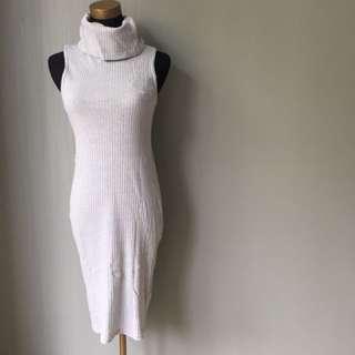 Turtle neck dress