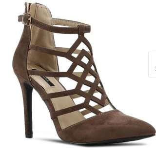 High heels size 35