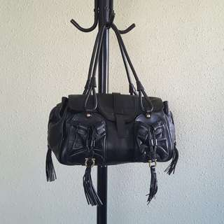 SALVATORE FERRAGAMO leather handbag (black)