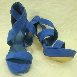 Suite Blanco heels