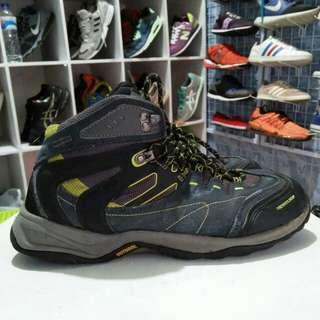 Sepatu hiking/gunung Pro-wordcup