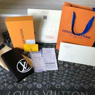 Lv wallet limited edition