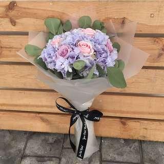 Vday Hydrangeas Bouquet (Medium)
