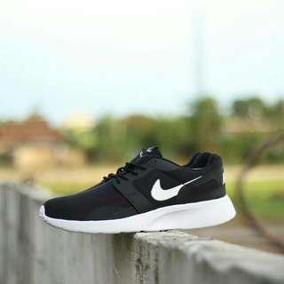 Sepatu Nike Kaishirun Black/White Original BNWB