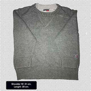 Pre-loved Tommy Hilfiger sweater