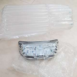 FZ1 clear tail light with integrated signal