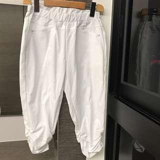 白色七分褲