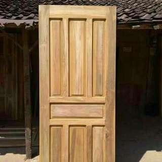 Pintu Rumah Dan Kusen Bahan Kayu Mahoni