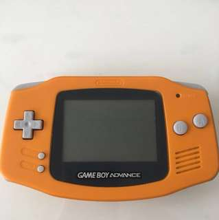 Gameboy Advance Orange