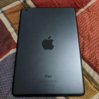 SALE or SWAP - iPad Mini - 16GB - Wifi!!!