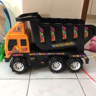 Truck big size