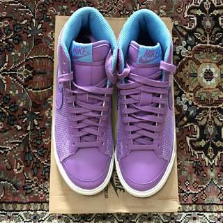 New in box - Nike Womens Blazer Mid 09 ND (violet-pop lilac)
