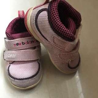 New balance學步鞋