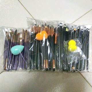 Free NM+SPONGE**21 PCS MAKE-UP BRUSH SET ($10 FOR SELF COLLECTION)