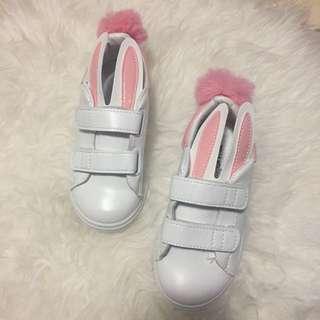 Bunny shoes / bunny pompom shoes / rabbit shoes / sepatu anak