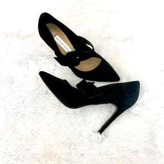 Pre❤️ F&F black stiletto shoes