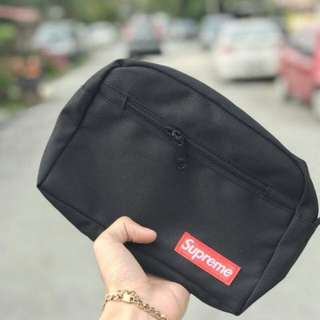 SUPREME CLUTCH BAG