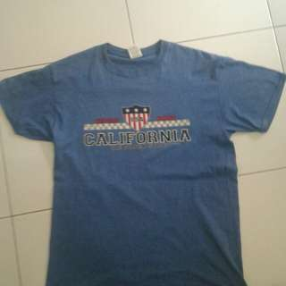 Kaos Warna Biru Berlogo America California (IMPORT)