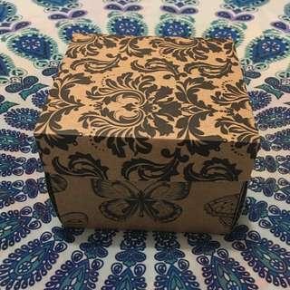 EXPLOSIVE SURPRISE BIRTHDAY BOX