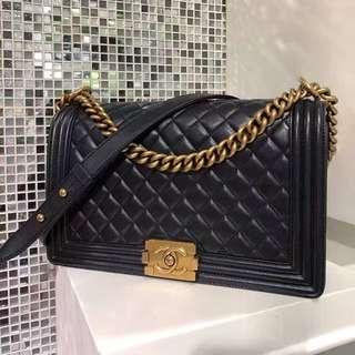 Chanel 黑色金扣菱格leboy 28cm 🎩99新美品 ☝🏻
