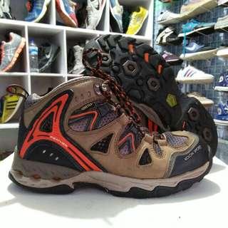 Sepatu hiking Kolon Sport